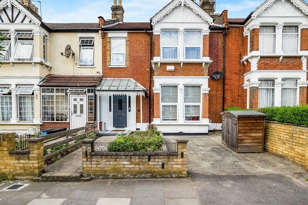 Properties for Sale & Rent in Ilford